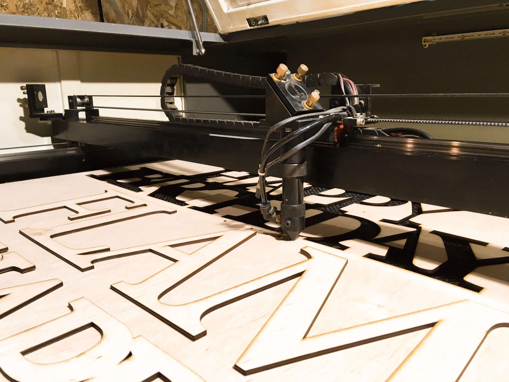 IMG 5161 - Области применения СО2 лазерных режущих станков