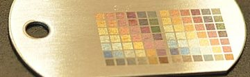 tsvetnaya gravirivka 10 360x112 - Волоконный лазерный маркер, или старый добрый CO2