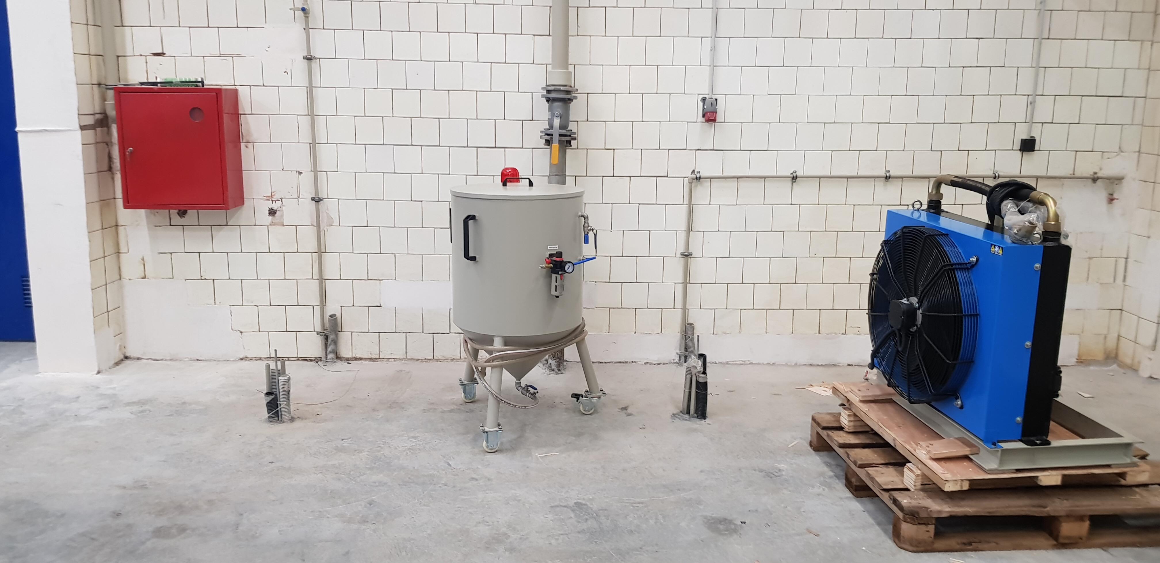 поставка станка гидроабразивной резки
