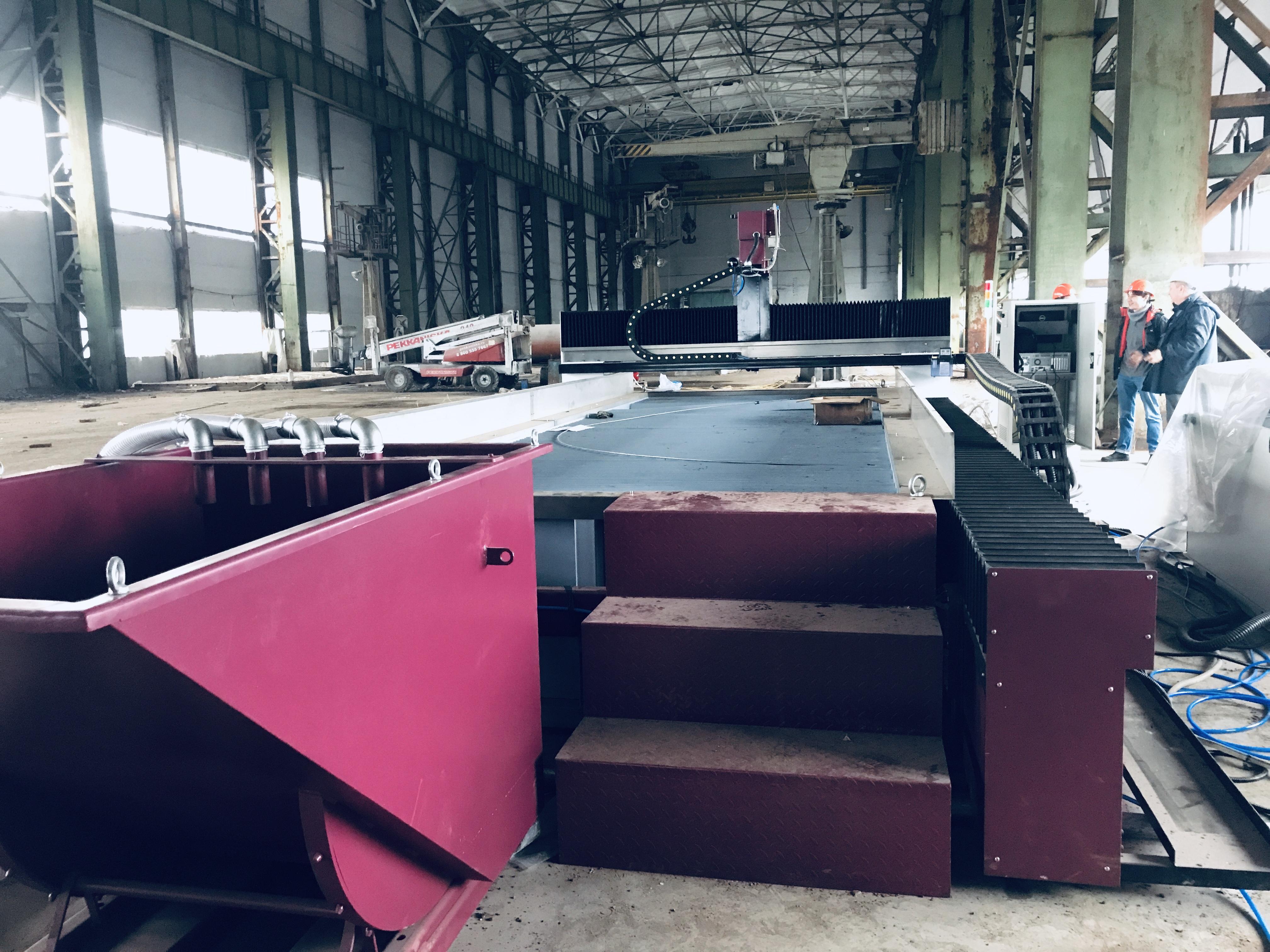 IMG 0111 - Поставка станка гидроабразивной резки для производства ОАО «РУМО»